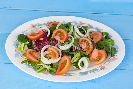 traditional salad with tomato lettuce and