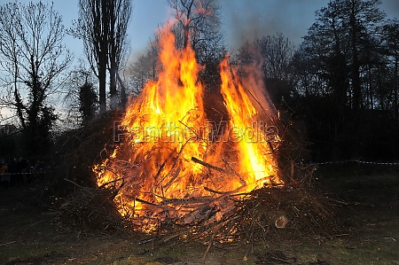 easter fire in hnanover