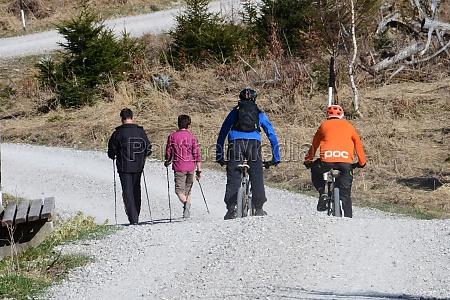 mountainbiken auf dem gruenberg OEsterreich europa