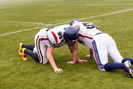 professional american football players training