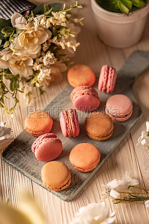 french almond macarons