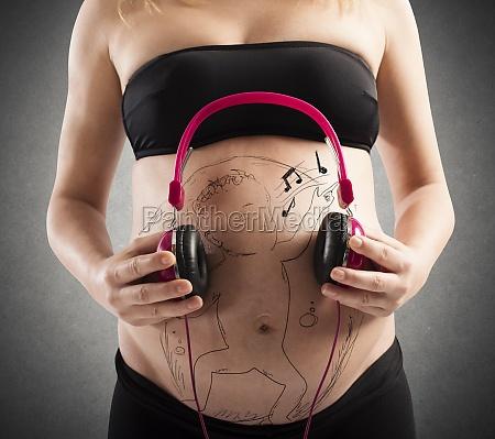 unborn baby listen to music