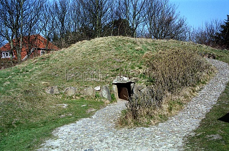 prehistory hill denshoog on sylt