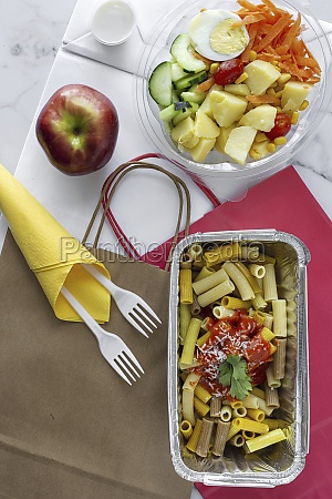 vegetables with boiled egg and macaroni