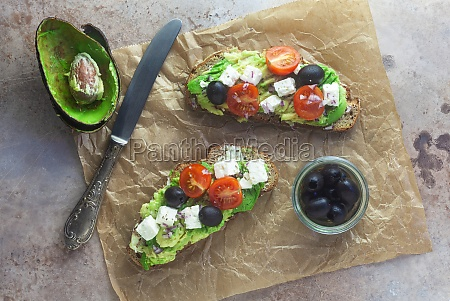 avocado toast with feta cheese tomatoes