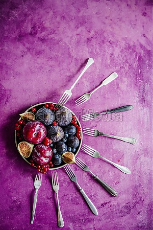 plums figs and berries