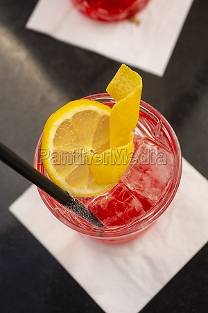 campari soda with ice cubes and