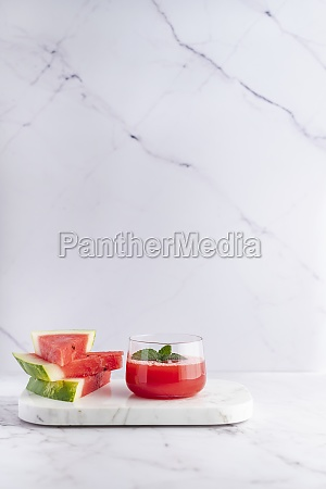 watermelon and mint juice