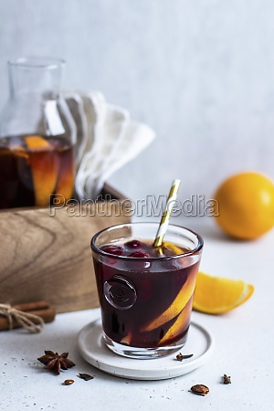 mulled wine with fruits