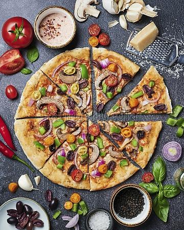 italian vegetarian pizza