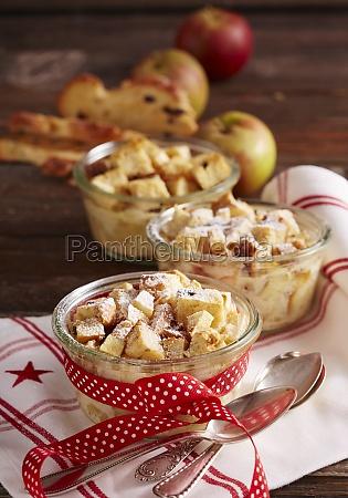 raisin bread plait bake with apple