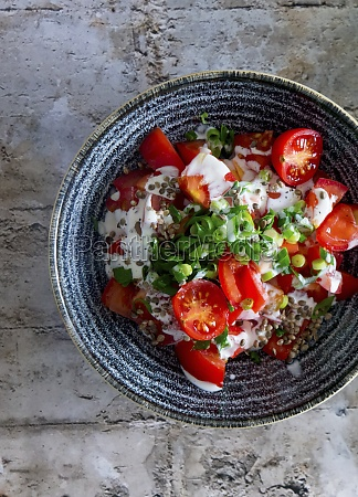 tomato salad with spring onions and