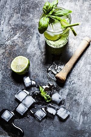 gin basil smash with lime