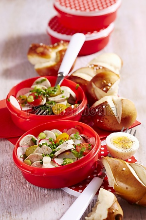 white sausage salad with lye bread