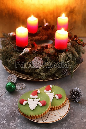 advent wreath and christmas cookies