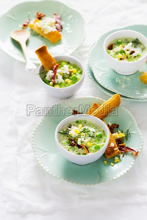 pea soup with ricotta and diced