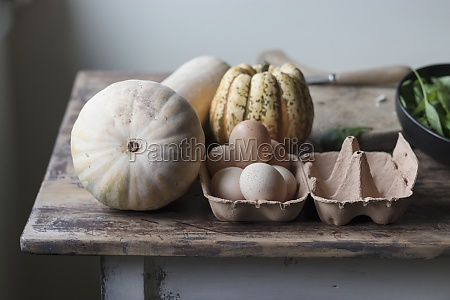 ingredients for pumpkin and spinach frittata