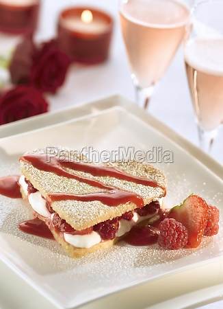 romantic dessert for two on valentines