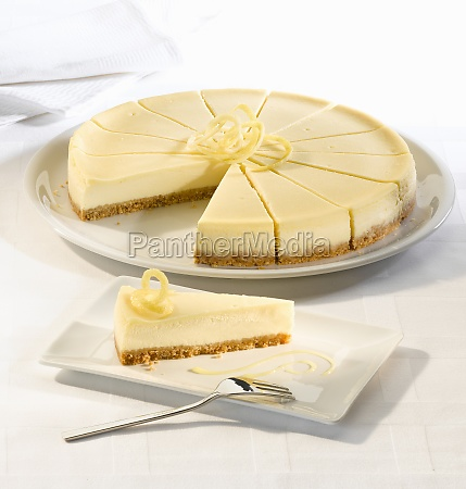 lemon cheesecake with a biscuit base