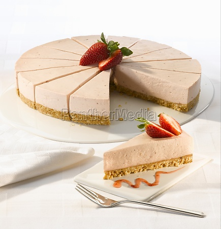 strawberry cheesecake with a biscuit base