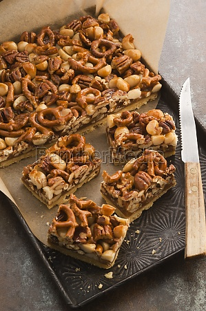 pecan macadamia slices with pretzels and