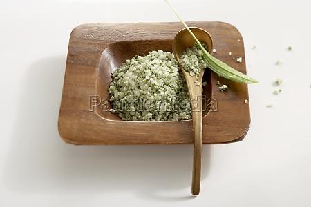 coarse sea salt with wild garlic