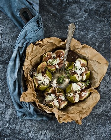 baked figs with feta cheese