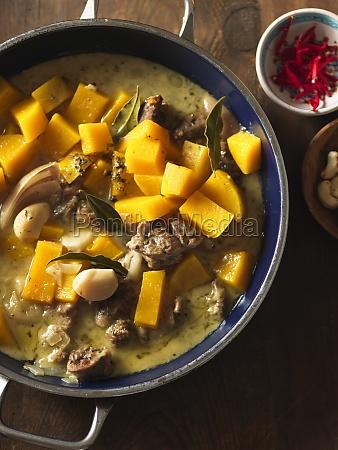 pumpkin and lamb stew with garlic