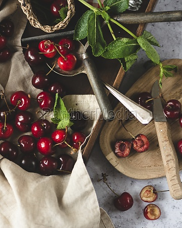 cherries, in, a, box - 29892071