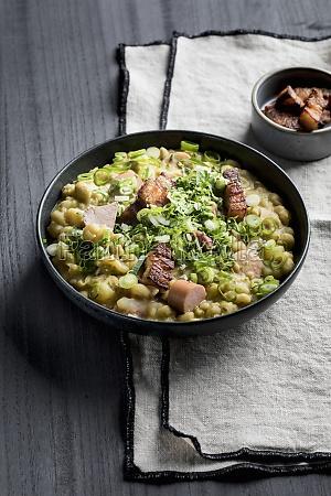 rhineland pea soup with leek sausage