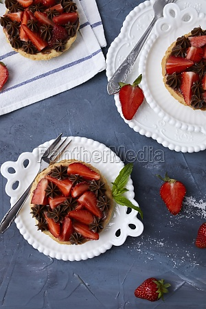 mini tart with strawberry jam served
