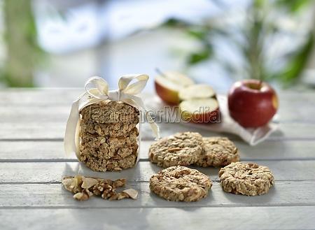 vegan apple walnut cookies with oat