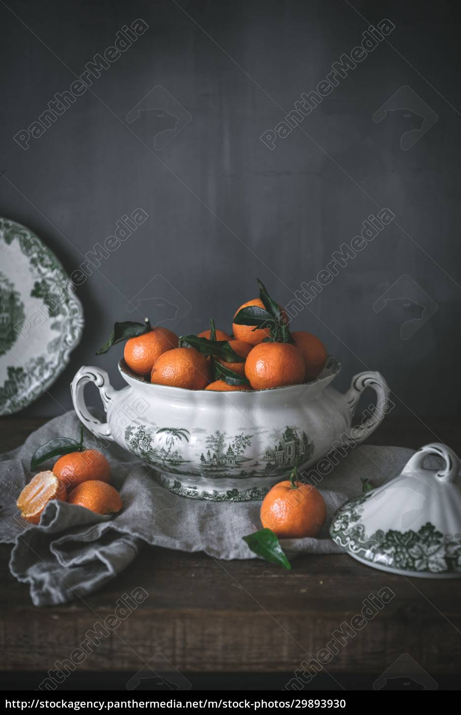 sophisticated, still, life, with, ripe, orange - 29893930