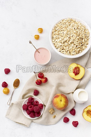 breakfast with oats raspberries and peaches