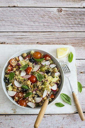 quinoa salad with chickpeas radishes and