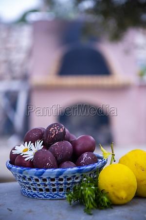 easter eggs and lemons