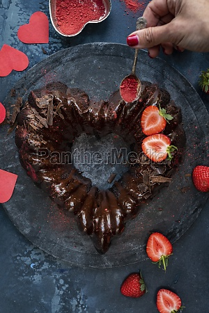 valentine cake in heart shape