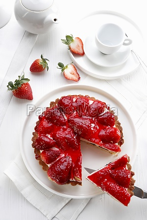 tart with cheese and strawberries