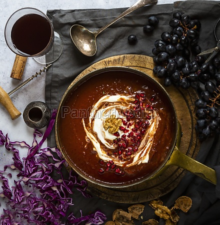 red cabbage and tomato soup with