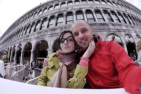 happy couple in venice