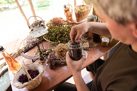 herbalist, small, business, owner - 29981836