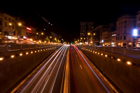 brussels night shot of traffic