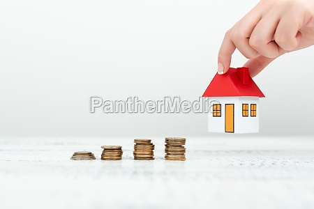 lady presenting new home savings deals