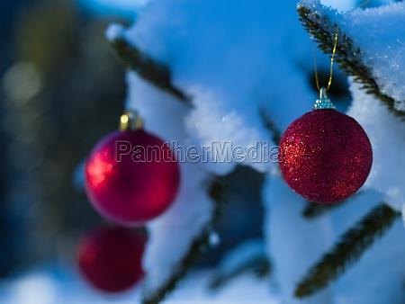 christmas tree ball decoration