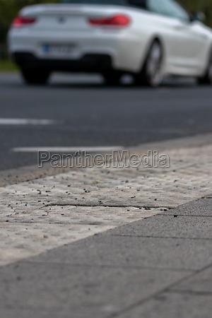 danger in road traffic for blind