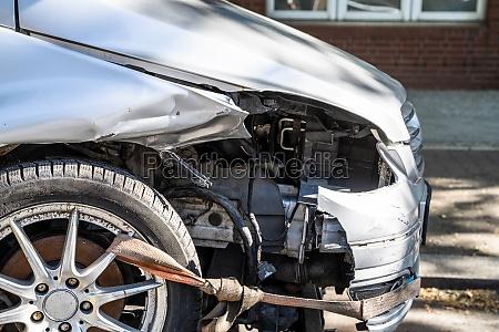 unsafe roads warning car insurance