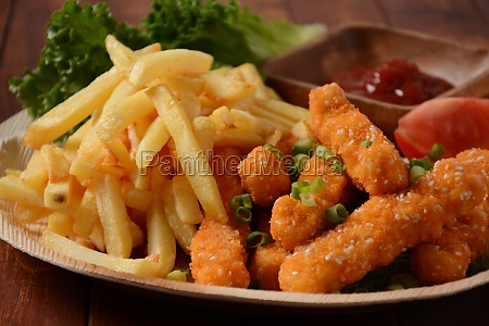 chicken breast nuggets with popular sauce