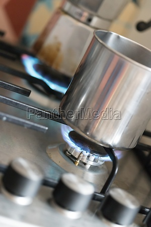 cooking with gas water pot in