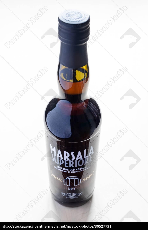closed, bottle, of, dry, superior, marsala - 30527731
