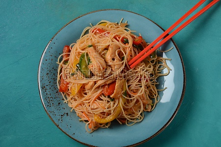 japchae korean glass noodle stir fry